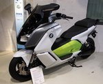 BMW C Evolution Elektroroller Baujahr 2014 im Technik Museum Berlin am 06.10.2016.