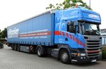 Scania R 450 Kasten-Sattelzug in Illertissen am 10.06.2016.