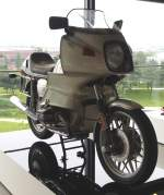 alle/349782/bmw-r-100-rs-in-der BMW R 100 RS in der Autostadt Wolfburg am 17.06.2014.